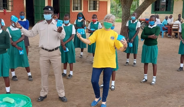 Distribution of sanitary towels at Ombaka